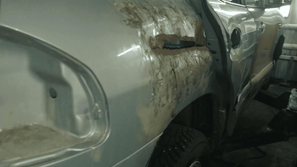 Ремонт крыла автомобиля Hyundai Santa Fe